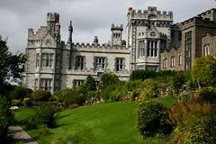 Kylemore Abbey, région du Connemara (Comté de Galway, Irlande) (bobroy20) Tags: kylemore irlande ireland abbaye abbey architecture galway clifden