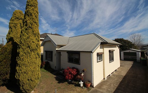 9 Ash St, Cessnock NSW 2325