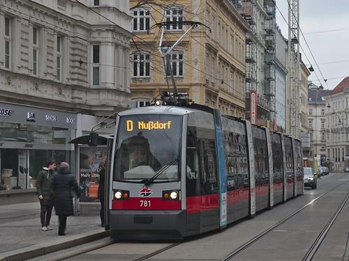 2018-02-18 AT Wien 09 Alsergrund, Porzellangasse, Hst Seegasse, B1 781 Linie D