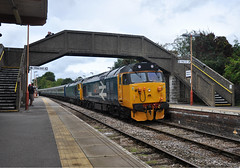Looped in Newton (James Passant) Tags: trains trainspotting class 50 50049 50007 diesel locomotive vintage charter train gbrf maiden newton rail station passenger railways uk 1z50 east midlands parkway weymouth