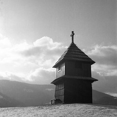 Belfry (Rolandinco) Tags: mediumformat mat124g yashicamat124g yashica belfry blackandwhite ilford filmphotography film architecture squareformat square history