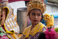 Little Dancer #0314 (svenpetersen1965) Tags: buddhist thai watbanlaem watphetsamut costume dancer temple วัดบ้านแหลม วัดเพชรสมุทรวรวิหาร tambonmaeklong changwatsamutsongkhram thailand th girl precious