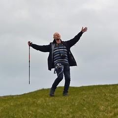Guy-dance (mikael_on_flickr) Tags: guydance me mikael i io ich moi ego self gaydance gay man mann uomo homme hombre guy mec maschio maschilehill hilltop crazy dancing beingjulie trekking wandering gjógv føroyar færøerne faoreislands isolefaroe