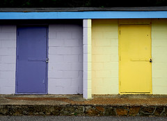 Beach Huts (only lines) Tags: beachhuts folkestone kent blue yellow