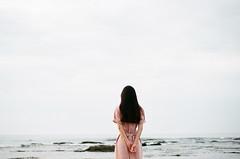 19380020 (左 撇子) Tags: girl girls love beautiful film fujifilm canon canoneos1v 50mmf18stm taiwan tangjashang jashangtang 左撇子 左撇子人像 左撇子攝影 左撇子人像寫真 左撇子底片人像 底片 底片機 底片人像 底片攝影 fineart sky sea