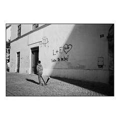 Street Light (Koprek) Tags: olympusxa ilfordfp4 croatia film analog streetphotography stphotographia summer 2018