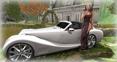 ** LOOK 193 ** GQUEUE MOTORS/RAPTURE/BISHES INC (Mysterieuse Lady) Tags: gqueue rapture bishes aero demi aura maitreya dress car shoes heels