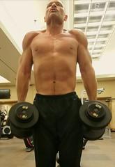 shrugs (ddman_70) Tags: shirtless pecs abs muscle gym shouldershrugs sweatpants