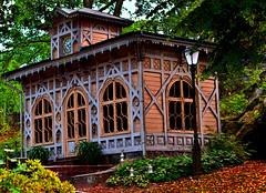 Korkeasaari (Ruoska) Tags: architecture house building zoo suomi finland korkeasaari autumn hevonpaskaa tuliotettuaparibisseä vitut helsinki