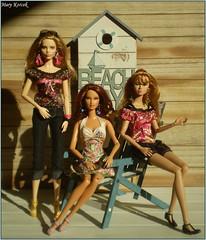 Mood of the Summer Days Vll. (Mary (Mária)) Tags: barbie barbiebasic doll mattel fashion ootd fashiondollphotography dollphotographer dollcollector mood summer summertime navy beach model indoor marykorcek toys poppyparker fashionroyalty diorama