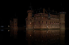Castle De Haar at night (Julysha) Tags: dehaar castle night dxo thenetherlands architecture autumn loterij september 2018 d850 sigma241054art reflection pond