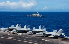 "180917-N-OY799-0099 (#PACOM) Tags: ussronaldreagan cvn76 forwarddeployedaircraftcarrier carrierstrikegroup5 maritime usnavy masscommunicationspecialist2ndclasskennethabbate japan valiantshield philippinesea jp ""usindopacificcommand pacom"""