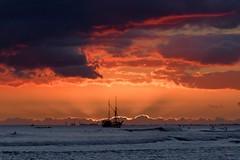 After the Sunset 1 (Fletch in HI) Tags: nikon d5600 tamron 16300 hawaii honolulu hoyaredintensifierfilter oahu ocean clouds sunset sky water boats