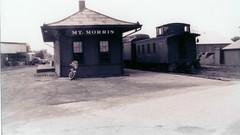 Waycar In Moundertown (R.G. Five) Tags: cbq mt mount morris il train railroad ci depot kable bros printing