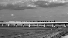 Seestadt-Aspern_06 (rhomboederrippel) Tags: rhomboederrippel fujifilm xe1 2017 july europe austria vienna 22nddistrict donaustadt seestadtaspern bw monochrome clouds subway transport