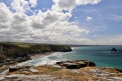 À proximité de Tintagel (PascalCDP) Tags: océan plage falaises cornwall cornouailles tintagel