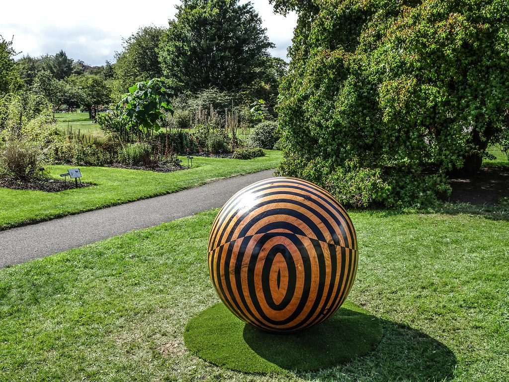 2018 SCULPTURE IN CONTEXT EXHIBITION BEGINS NEXT THURSDAY  AT THE BOTANIC GARDENS[I MANAGED TO GET A SNEAK PREVIEW TODAY]-143689