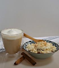 2018 Sydney: Coffee + Rice Pudding (dominotic) Tags: 2018 food dessert drink coffee ricepudding whippedcream latte coffeecup coffeeobsession yᑌᗰᗰy sydney australia