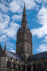 Salisbury Cathedral (dm556x9) Tags: unitedkingdom britain england salisbury wiltshire cathedral god religion buildings sky blue clouds bâtiment architecture tower tour ciel bleu angleterre dieu