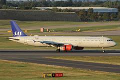 SAS Scandinavian Airlines Airbus A321-232 OY-KBF BHX 31/08/18 (bhx_flights) Tags: sas scandinavianairlines airport airbus airbus321 airbusa321 bhx runway egbb birmingham birminghamairport