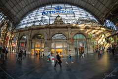 Frankfurt HBF (Samsul Adam) Tags: frankfurt germany hbf hauptbahnhof train station main am europe 2018 fujifilm xt1 samyang 8mm f28 fisheye