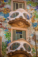 Masked (Tony Shertila) Tags: spain architecture azura barcelna barcelona building casa catalunia city cruise europe goudi house outdoor tourist vacation 20180328125504cruiseshipazorabarcelonalr
