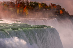 Early Morning (PetrusJohannes) Tags: niagara niagarafalls waterfall autumn fallfoliage fallcolors d300s nikon sigma1770