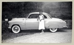 "1951 Chevrolet Styleline De Luxe Sport Coupe (Vintage Cars & People) Tags: vintage us usa america vintageusa classic black white ""blackwhite"" sw photo foto photography automobile car cars motor vehicle antique auto girl woman lady chevrolet chevy 1951chevrolet styleline deluxe coupe fashion dress cocktaildress peeptoes peeptoeshoes whitewalltyres whitesidewalltires whitewalls 1950s 50s fifties"