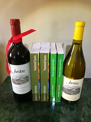 The perfect bookends. Probably a good idea two be two bottles deep reading these books 📚, ha. Check them out on Amazon. #paintedFaces  #AmazonBooks #book #books #novel #bookclub #bookpaintedfaces# #jordanwine (Jordon Papanier) Tags: novel bookpaintedfaces paintedfaces amazonbooks book books bookclub jordanwine