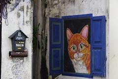 DSC08538 (Luis L.Modrego) Tags: arteurbano mobiliariourbano streetart arquitectura artecallejero graffiti mural paisajeurbano wall chinatown georgetown penang malasia cats chats gatos gato chat fav10