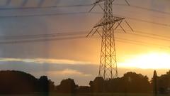 Between Breukelen en Abcoude (screenpunk) Tags: breukelen abcoude trein train sunset zonsondergang orange trees horizon ns