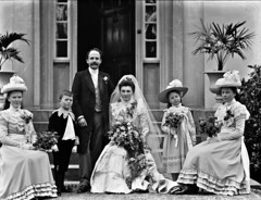 Miss Grubbs wedding group (National Library of Ireland on The Commons) Tags: ahpoole arthurhenripoole poolecollection glassnegative nationallibraryofireland wedding missgrubb clonmel countytipperary gladstonestreet uppergladstonestreet brucevilla elizabethannegrubb llewellyngrubb williamhill hildamarygrubb grubb hill
