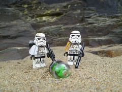 Kyber Crystals Found. (2017 Photo). (Working hard for high quality.) Tags: lego star wars stormtrooper sandtrooper sand beach rock pool water seaside planet eclipse kyber crystal minifigure toy
