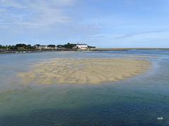 Le Croisic vu depuis Pen Bron (mchub) Tags: lecroisic penbron loireatlantique hx400v sable mer presquîledeguérande