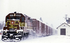 It's Coming (ac1756) Tags: wisconsincentral wc canadiannational cn cnr troutlake michigan gp402 3027 emd