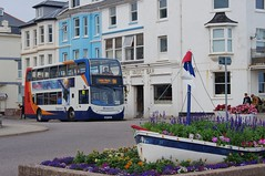 Well Planted (Better Living Through Chemistry37) Tags: route9a stagecoach stagecoachdevon stagecoachsouthwest transport transportation vehicles vehicle psv publictransport wa10ghb 15662 scania scanian230ud enviro400 adl