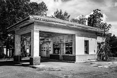 Service Station - Kings Mountain, North Carolina (lonestarbackroads) Tags: abandoned clevelandcounty clevelandcountync clevelandcountynorthcarolina fillingstation gasstation nc northcarolina servicestation unitedstates us