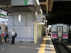 Changing trains (Hirosaki Station) (しまむー) Tags: panasonic lumix dmcgx1 gx1 g 20mm f17 asph trip train yuri highland railway 由利高原鉄道