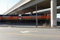 BNSF at Giant Road, crossing under the Richmond Parkway. (Walt Barnes) Tags: bnsf santa fe scenery scene track trackside rail railroad train locomotive dieselelectric engine richmond ca calif