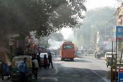 agra morning mist (kexi) Tags: agra india asia uttarpradesh street people traffic mist morning canon february 2017 misty bus