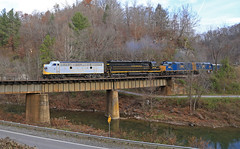Leaving Clinchco (GLC 392) Tags: va virginia tunnel thanks bro russel fork river city hill mountain light crr clinchfield 800 csx csxt railroad railway train emd sd45 sd452 f40ph 2017 santa express 75th anniversary 3632 9992 9999 load out holler hollar trees christmas merry passenger vlix vintage locomotive works southern appalachian museum f3au fp7a sbvr road tree bridge water forest grass clinchco car mcclure 2018