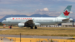Airbus A320-211 C-FDSN Air Canada (William Musculus) Tags: vancouver international airport yvr cyvr spotting cfdsn air canada airbus a320211 richmond britishcolumbia ca ac aca a320200 william musculus