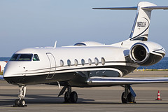 N800JH Gulfstream G550 (Hamon Victor) Tags: n800jh gulfstream g550 avgeek aviation aircraft airplane avion airport spotting spotter sky special canon eos corporate nice nce lfmn plane private privé parked parking kilo tarmac victor hamon bizjet business