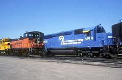Conrail SDP45 6699 (Chuck Zeiler) Tags: cr conrail sdp45 6699 railroad emd locomotive bensenville train chuckzeiler chz