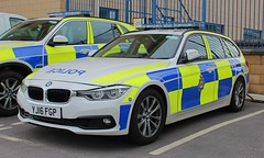 YJ16 FGP (Ben Hopson) Tags: west yorkshire police wyp bmw 330d estate traffic car motor patrols rpu roads policing unit anpr automatic number plate recognition system camera canon 999 2016 yj16 fgp yj16fgp