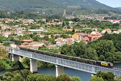 Valença do Minho (REGFA251013) Tags: sara tren comboio mercancias renfe medway 335 euor4000 gaia galicia madera train