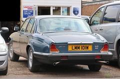 LMM 101W (Nivek.Old.Gold) Tags: 1981 jaguar xj6 42 auto