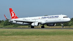 TC-JSR (AnDyMHoLdEn) Tags: turkishairlines a321 staralliance egcc airport manchester manchesterairport 05r