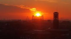 boulevard vlissingen achterzijde (Omroep Zeeland) Tags: zonsopkomst gemeentehuis windmolenfundaties