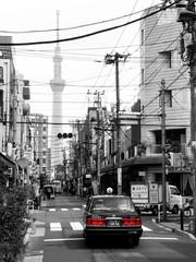 Tokyo street (radimersky) Tags: taxi tokyo tokio hnosiu japonia japan street mobilephotography day dzień blackwhite monochrome czarnobiałe zdjęcie miasto city ulica taksówka car cab redlight red samsunggalaxys7edge samsung galaxy asakusa tokyotree skytree road art amateur photoshop budynki building cityspace asia azja nishiasakusa cars samochód samochody nippon bw